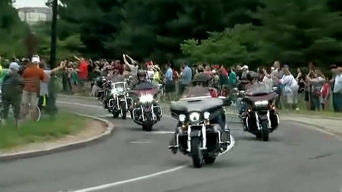Veteranos de guerra participan en la Rolling Thunder 'Ride for Freedom'