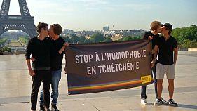 Путина призывают остановить гомофобию