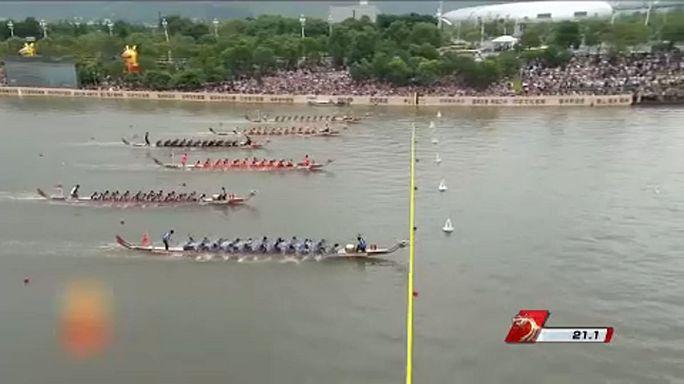 Kezdődik a Sárkányhajó Fesztivál Kínában