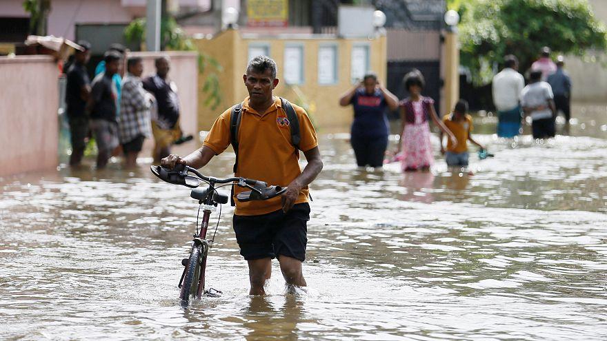 Scores killed in Sri Lanka floods