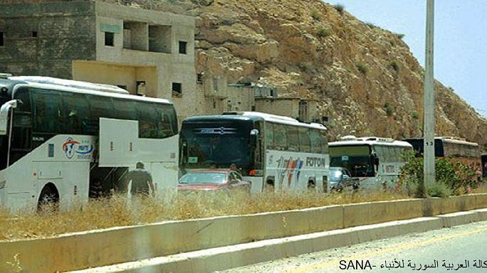 إجلاء أكثر من ألف شخص من حي برزة الدمشقي