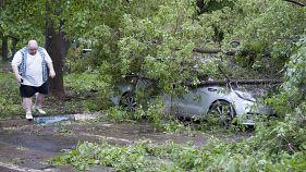 Violent storm in Moscow kills 11