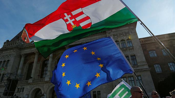 """Hungarians hold a peaceful """"picnic""""protest against NGO reform"""