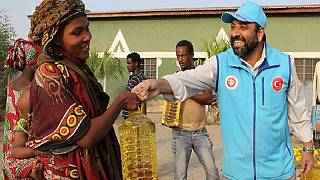 1,500 Ethiopian families get Ramadan supplies from Turkey