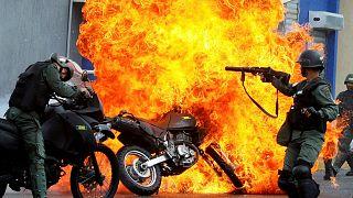Maduro protestolardan ABD'yi sorumlu tuttu