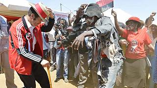 Can you dance more than Botswana's President Khama? [Video]