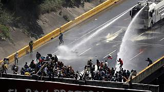 Ни дня без боя: массовые протесты в Каракасе