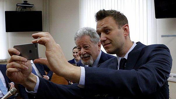 Megkezdődött Navalnij rágalmazási pere Moszkvában