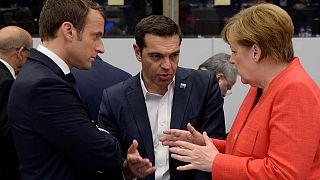 Το ελληνικό χρέος συζήτησαν Τσίπρας, Μέρκελ και Μακρόν - Θα υπάρξει συμφωνία στο Eurogroup λέει ο Μοσκοβισί