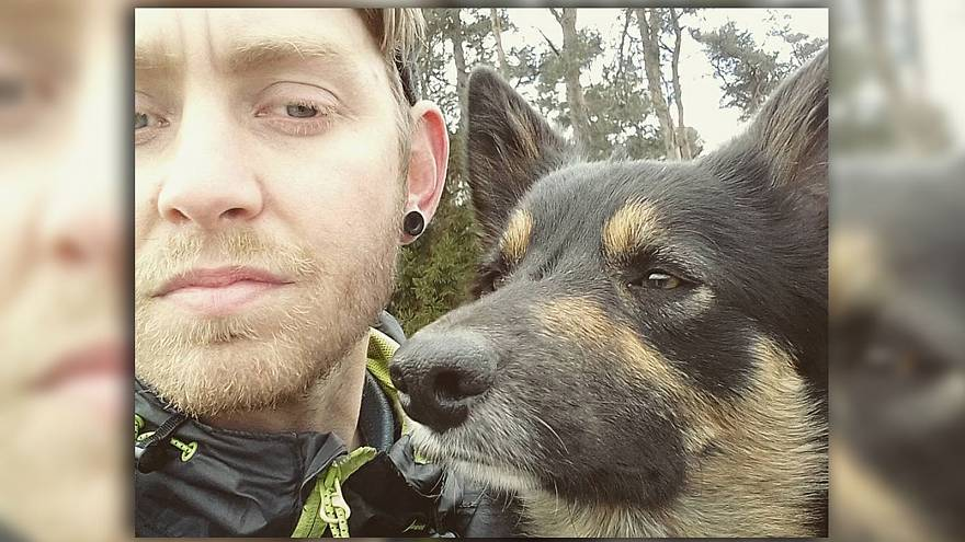 This Scottish duo plans to literally walk around the world