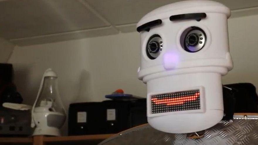 """Unermüdlich: """"Segensroboter"""" spricht sieben Sprachen"""
