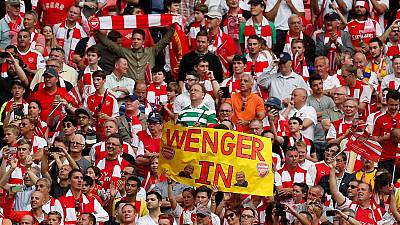 Arsene Wenger agrees new two-year deal