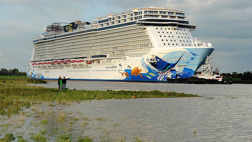 Delivery voyage of cruise vessel 'Norwegian Escape'