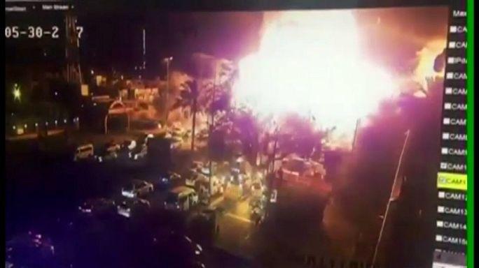 عشرات القتلى والجرحى جراء تفجير انتحاري استهدف تجمعا في هيت غربي الأنبار