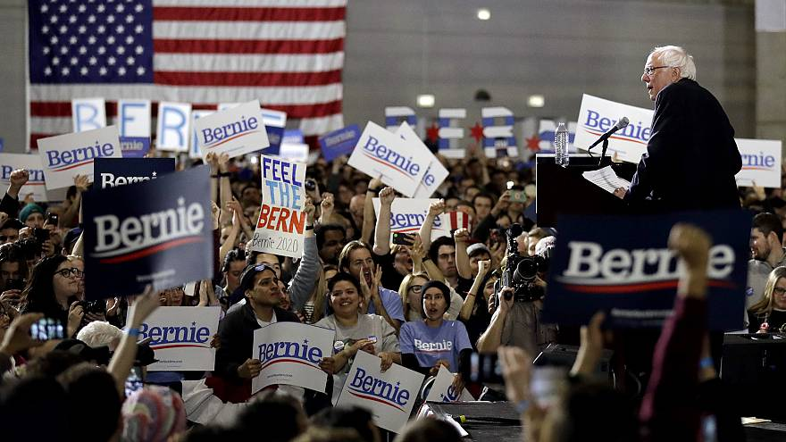 Image: Sen. Bernie Sanders, I-VT, speaks at a campaign event at Navy Pier i