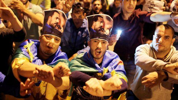 مظاهرات ليلية في الحسيمة للمطالبة بالإفراج عن الزفزافي