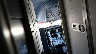 Visszafordult egy maláj utasszállító, mert egy utas be akart hatolni a pilótafülkébe