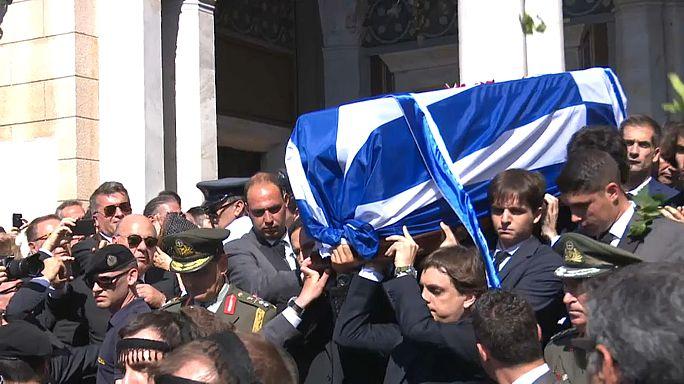 Greek former leader remembered at service