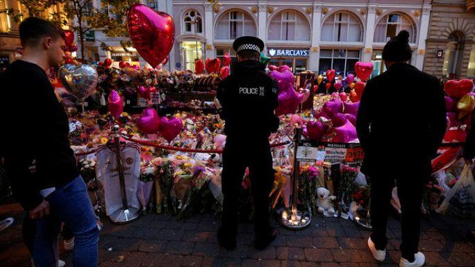 الشرطة البريطانية تطلق سراح أحد المشبوهين بالضلوع في اعتداء مانشستر