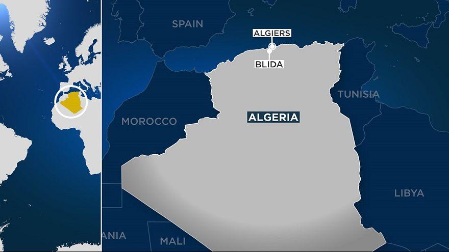 الجزائر: مجموعة إرهابية تهاجم حاجزا أمنيا