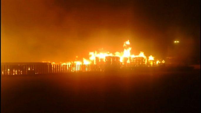 حريق مهول في مصنع للورق في تيانجبن بالصين