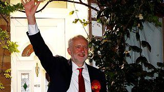 """Eleições no Reino Unido: """"Parlamento suspenso"""" em perspetiva"""