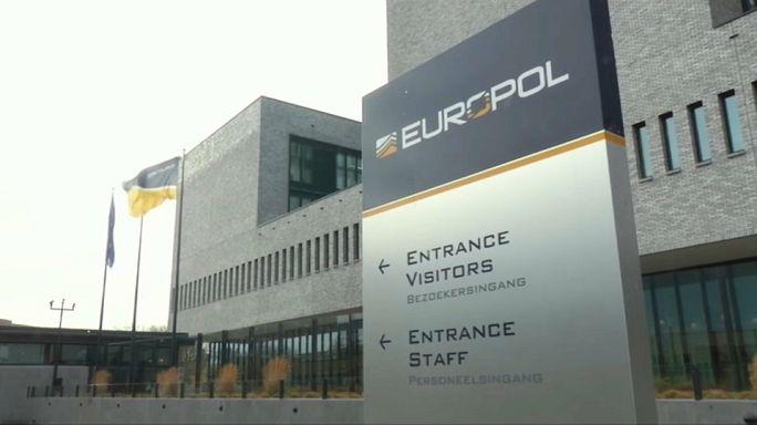 Europol: Lutar contra a pedofilia