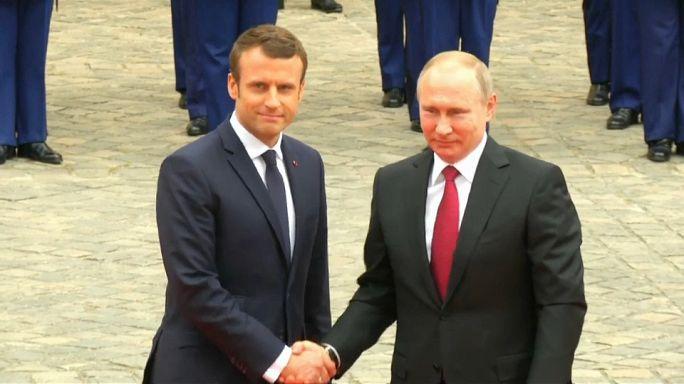 Франция: Россия не причастна к атакам хакеров на Макрона