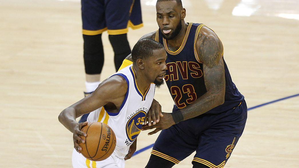 NBA: Kevin Durant endiabrado no primeiro jogo da final