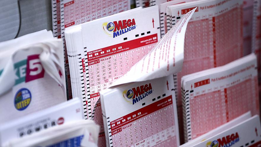 Image: Mega Millions Jackpot Becomes Largest Prize In U.S. History at $1.6