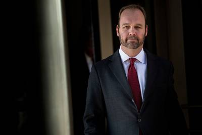 Rick Gates leaves Federal Court on Dec. 11, 2017 in Washington.