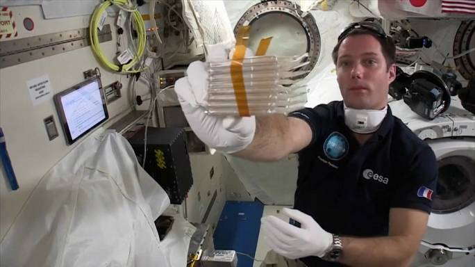 Astronauts return from ISS