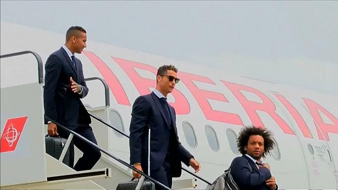 Real and Juve touch down in Cardiff for Champions League final