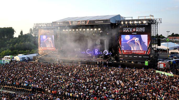 """الشرطة الألمانية تخلي مهرجانا لموسيقى الروك على خلفية """"تهديد ارهابي"""""""
