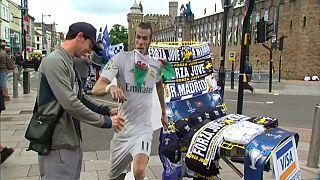 Las aficiones del Madrid y la Juve expectantes en Cardiff