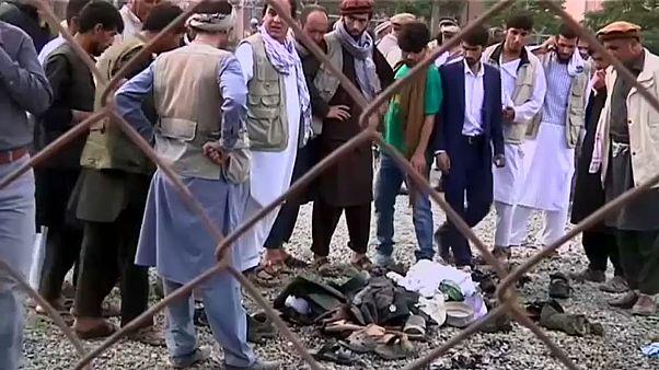 Merénylet egy kabuli tüntető temetésén