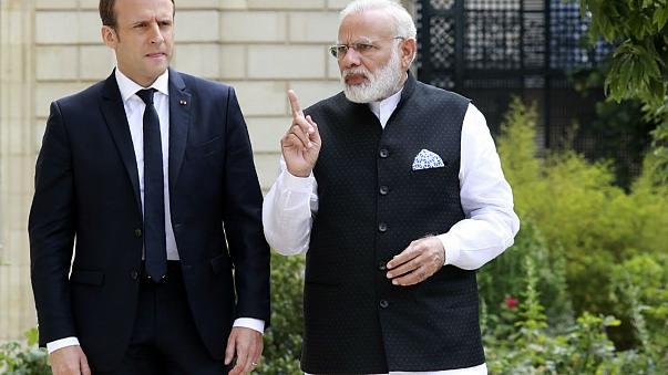 Incontro Macron e Modi: colloqui sul clima