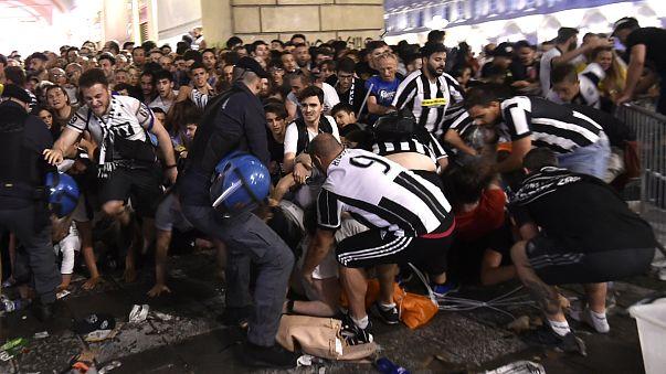 """Massenpanik nach """"falschem Alarm"""" in Turin: Mindestens 200 Verletzte"""