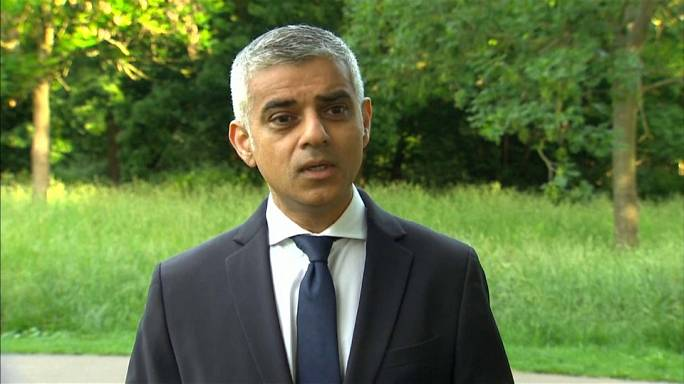 """كلمة عمدة لندن """"صديق خان"""" عقب اعتداء الدهس"""