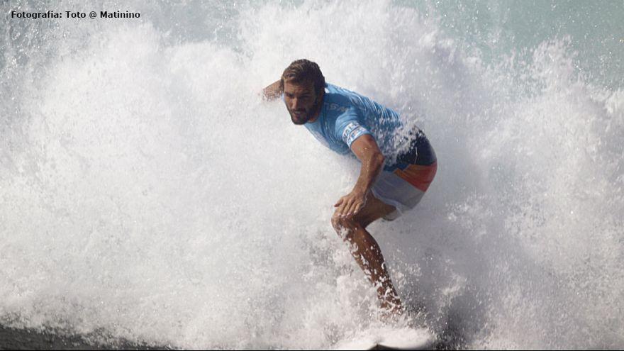 Surf: Frederico Morais na crista da onda nas ilhas Fiji