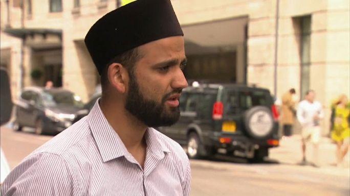 """إمام بريطاني يندد بهجوم لندن ويقول للمتطرفين:""""الإسلام لا يساند أعمالكم الجبانة """""""
