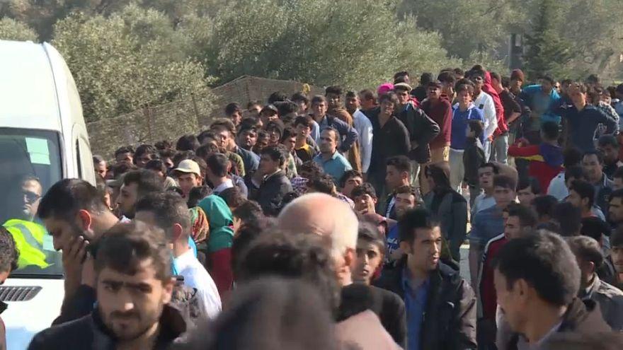 Razzia in Athen: Schlepperbande aufgeflogen