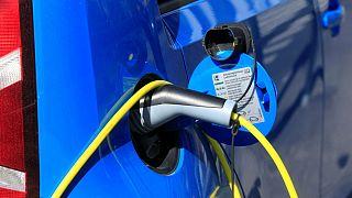 Hindistan'da 2030'dan sonra sadece elektrikli araçlar satılacak