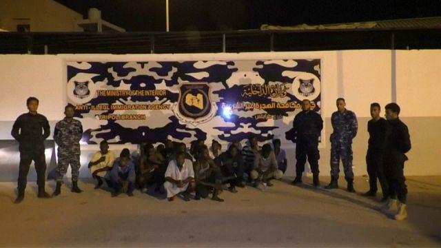 Libia: Siete inmigrantes mueren encerrados en un camión