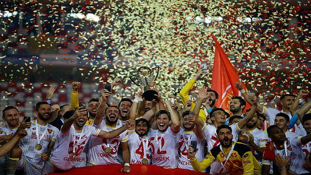 Göztepe 14 yıl aradan sonra Spor Toto Süper Lig'de