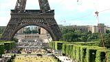Espectacular tirolina en la Torre Eiffel