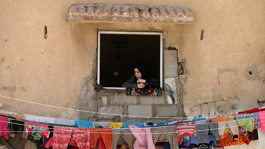توجس من تخفيض المساعدات القطرية لإعادة إعمار غزة