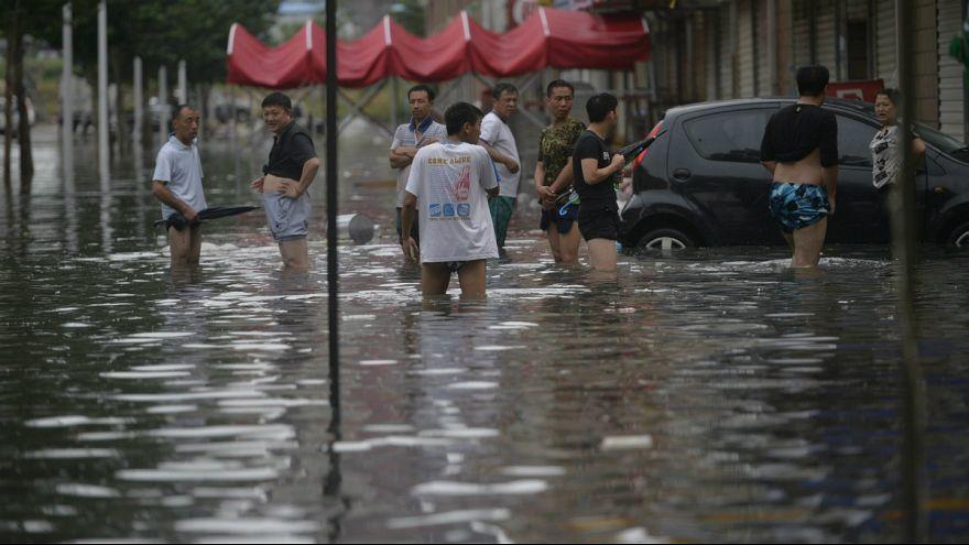 Vihar és ár Kínában