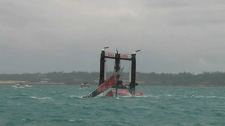 NZ capsize gifting Team GB and Ben Ainslie fourth leg of America's Cup eliminator semi-final