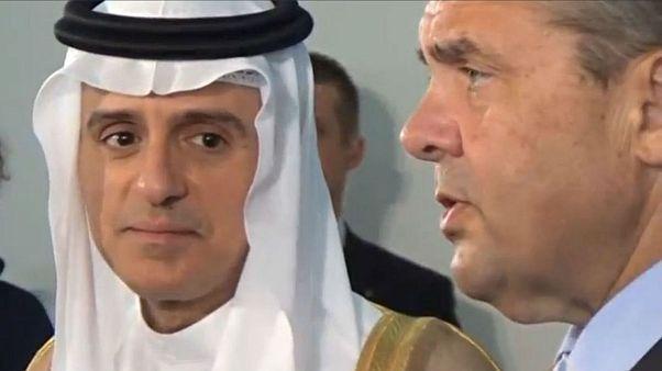 عادل جبیر: امیدواریم برادرانمان در قطر برای پایان دادن به بحران تصمیم درستی بگیرند